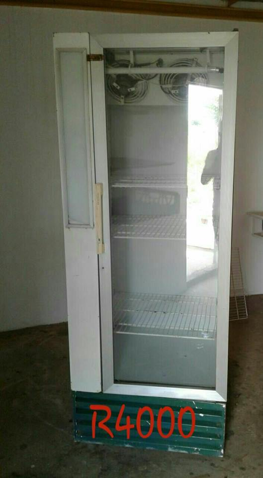 Single Door Display Fridge