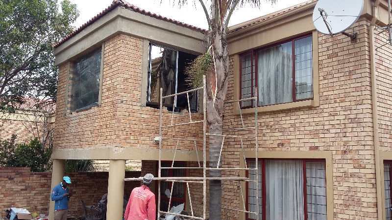 BUILDING CONSTRUCTION INCLUDING ELECTRICAL AND PLUMBING 0635677144