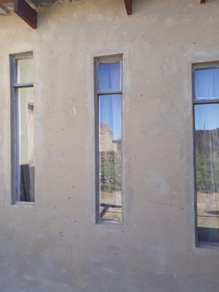 285 m² Spacious 3 Bedroomed House for Sale in Mohlakeng Ext5