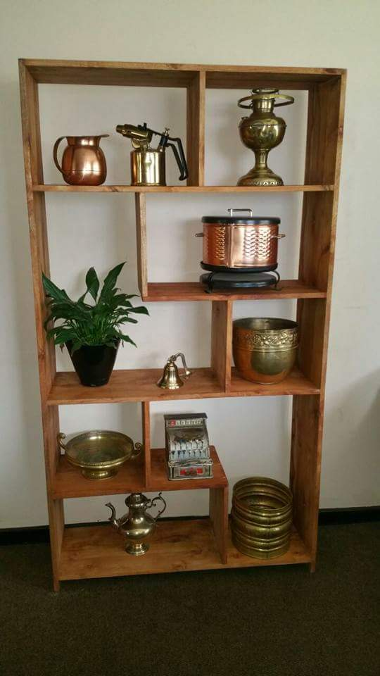 Minger solid wood wall unit