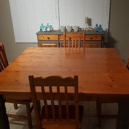 Oregon Pine Dining Table