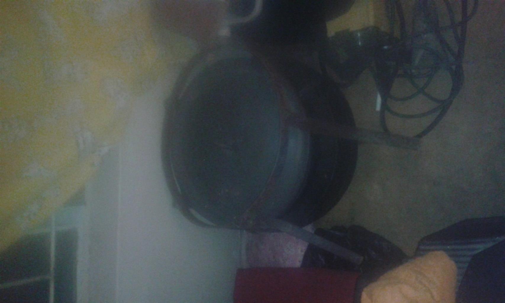 Black cooking pot