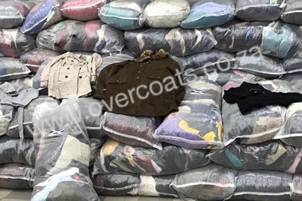 Second-hand Long coats and jackets in bales for resale