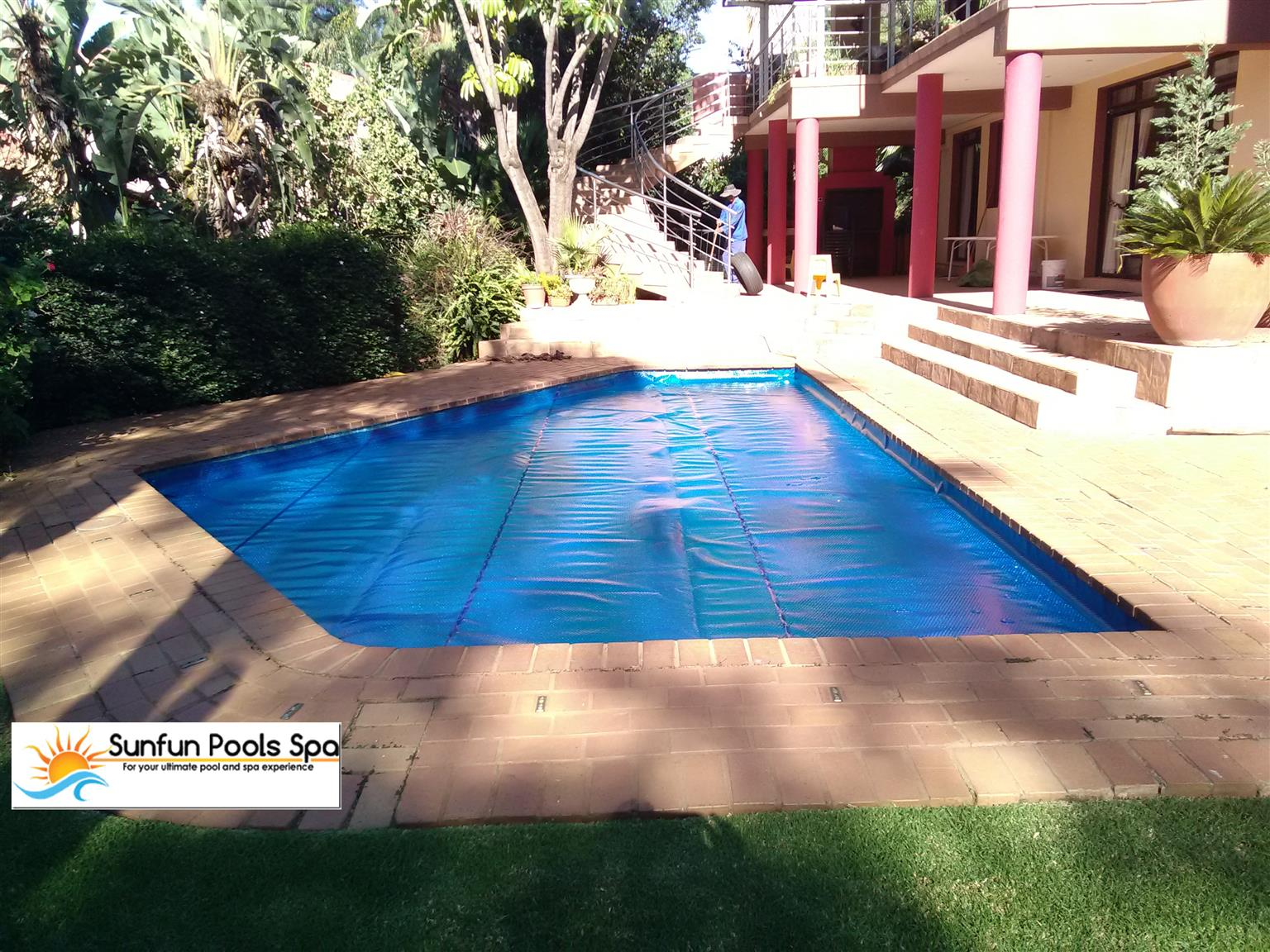 New Swimming Pools, swimming pool repairs and New Jacuzzis   Junk Mail