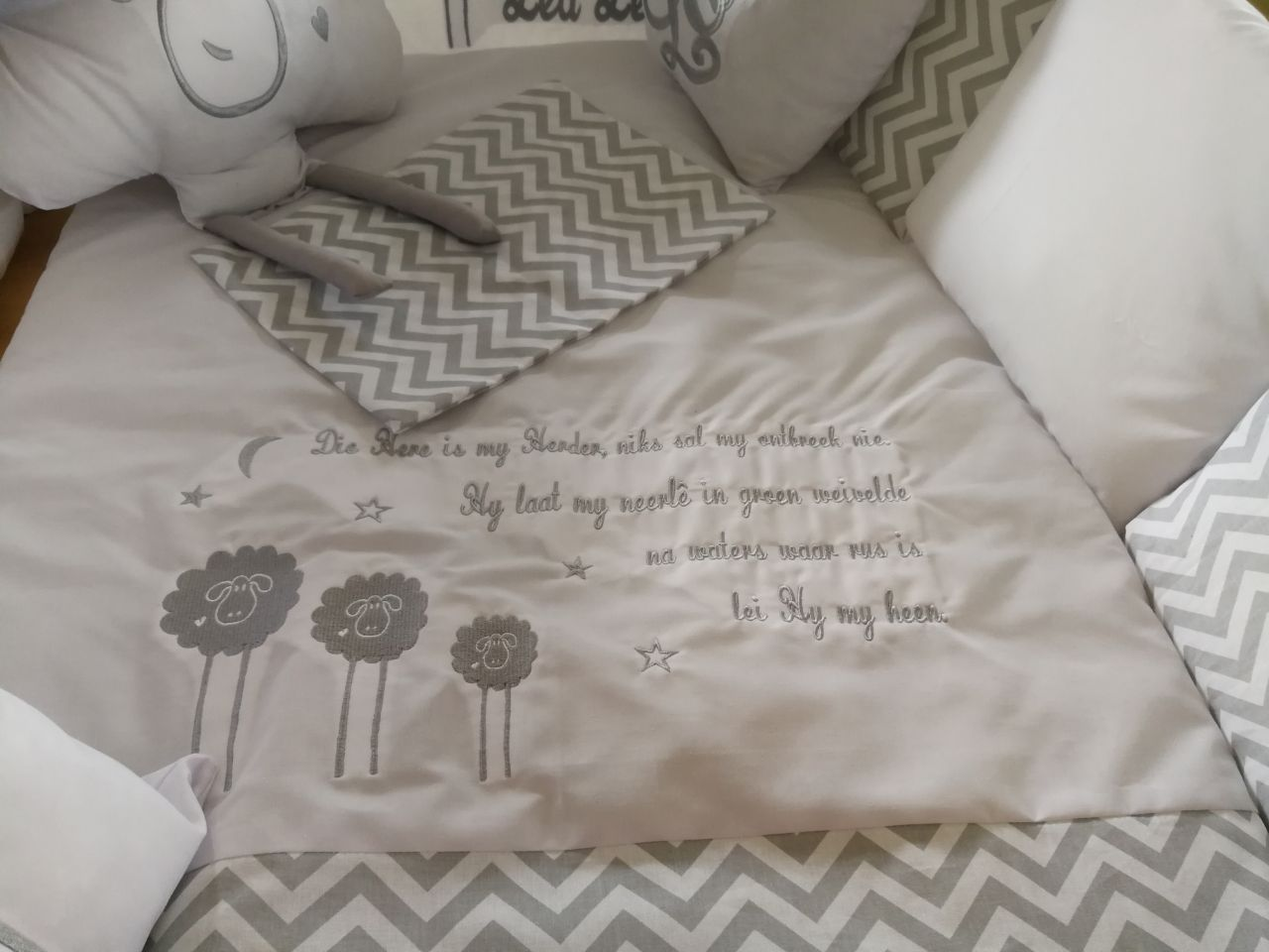Baby and toddler bedding and linen