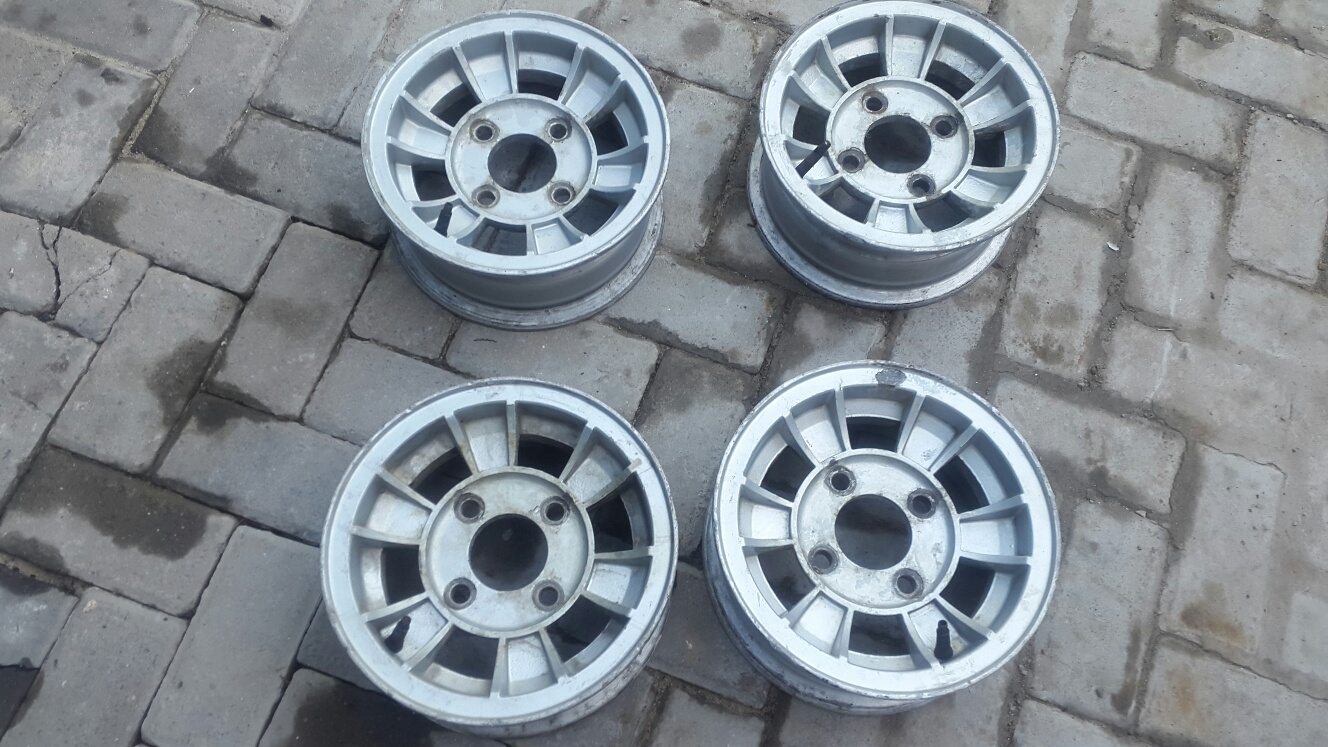 old Mini 10 inch Mag Rims