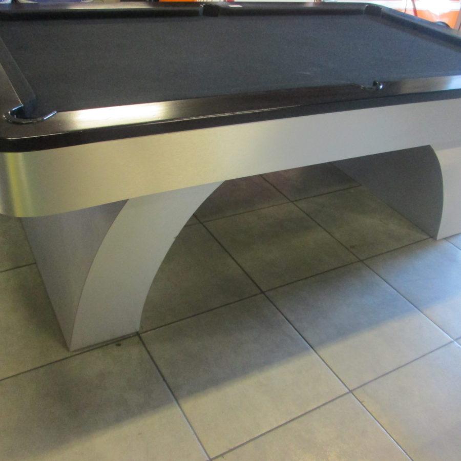Black & sliver pool table