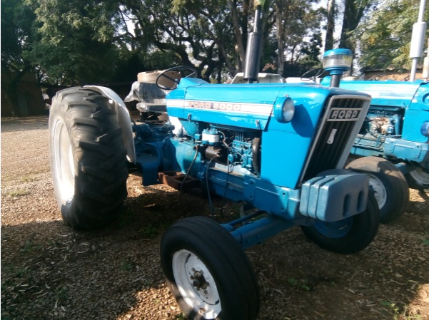 S2887 Blue Ford 5000 51kW/69Hp 2x4 Pre-Owned Tractor