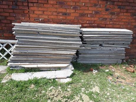 + - 60m Second hand Precast wall