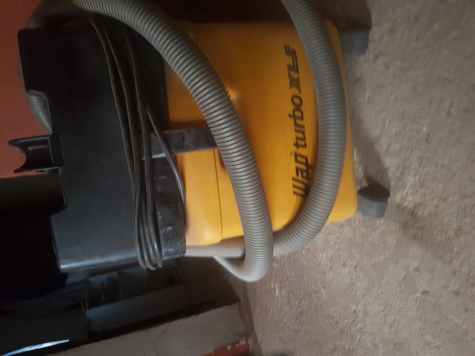 Industrial Kartcher Vacuum cleaner