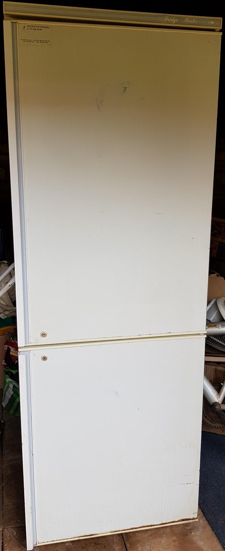 Used double door fridge & Freezer combination