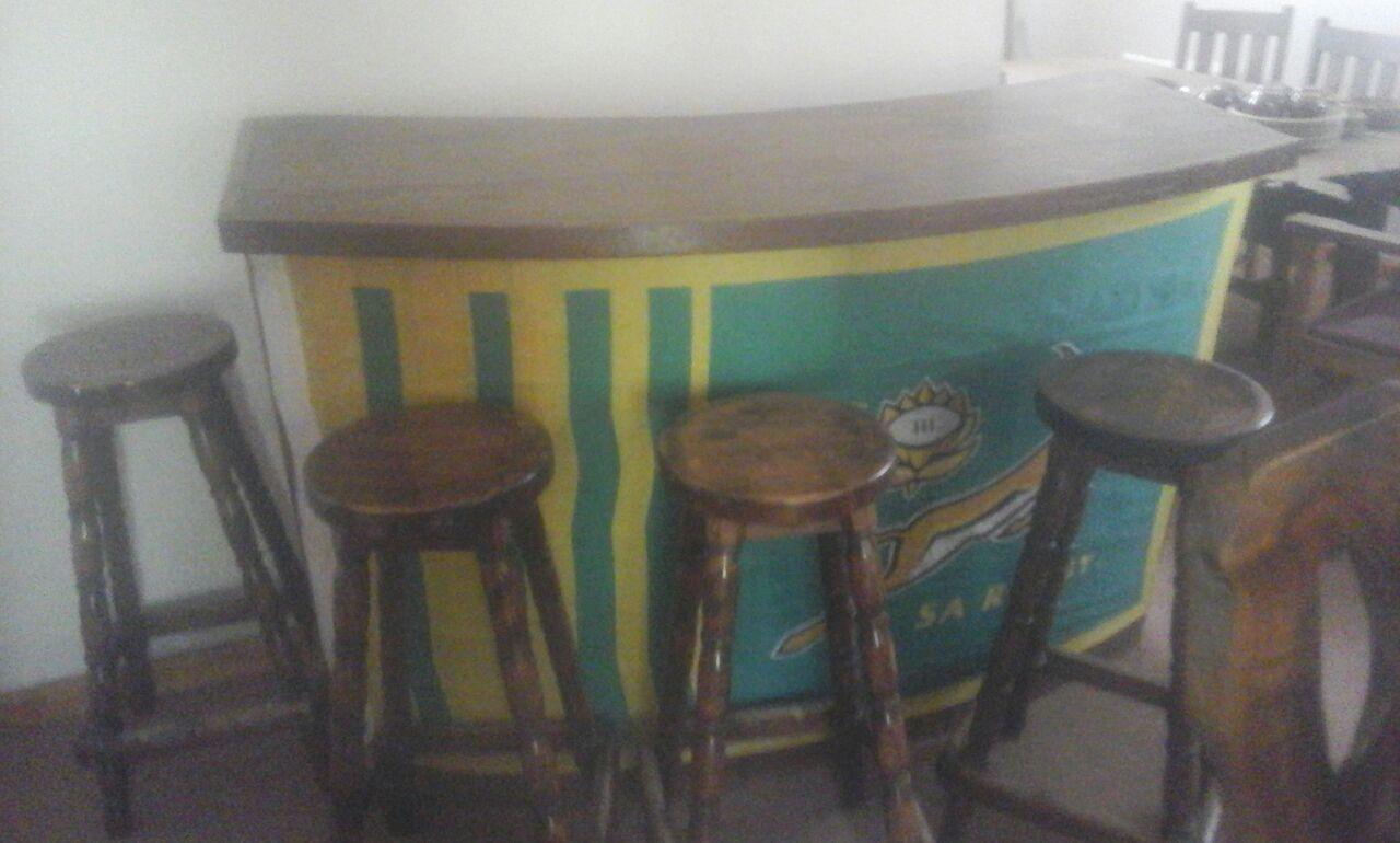 Bar en Kis te koop