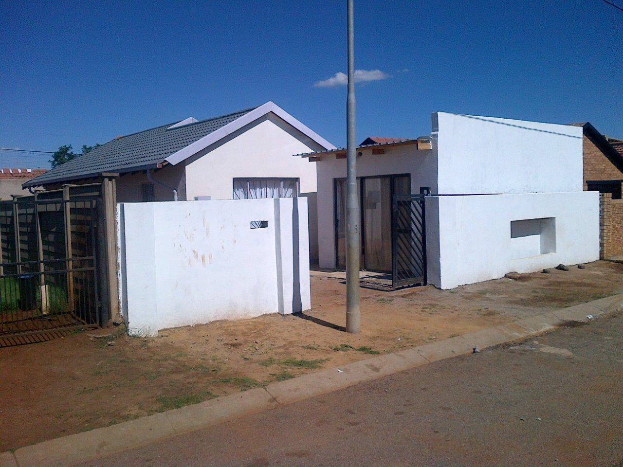 House To Rent Green Village Naledi