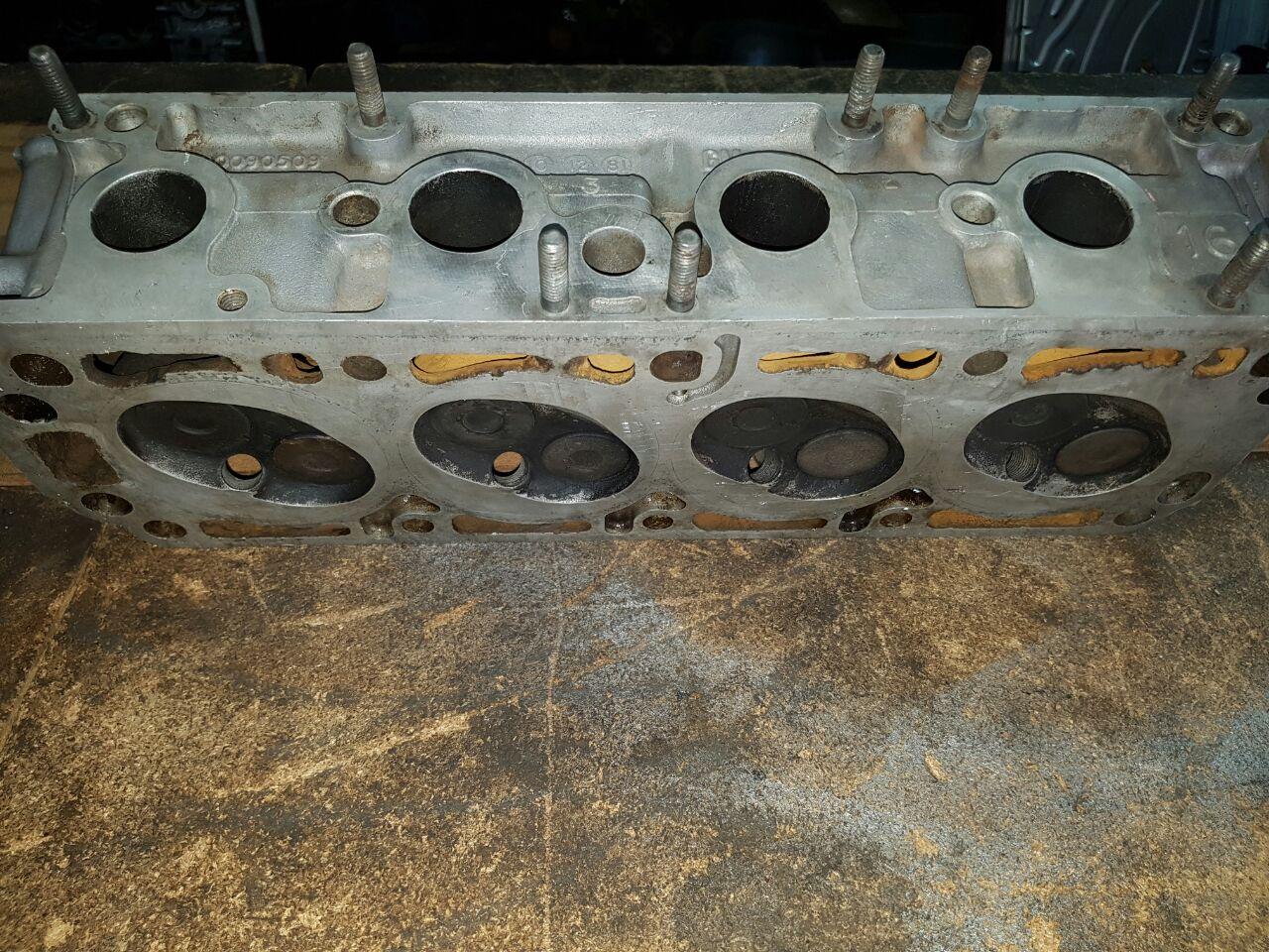 Bmw e30 cylinder head