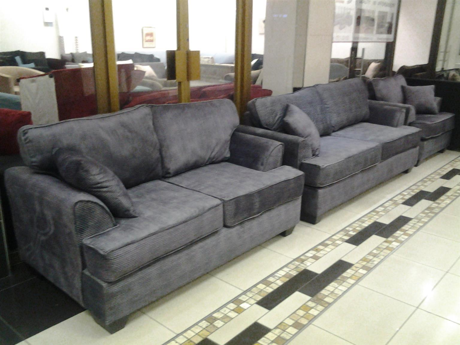 !!!Special!!!Blue-Gum Lounge Suite