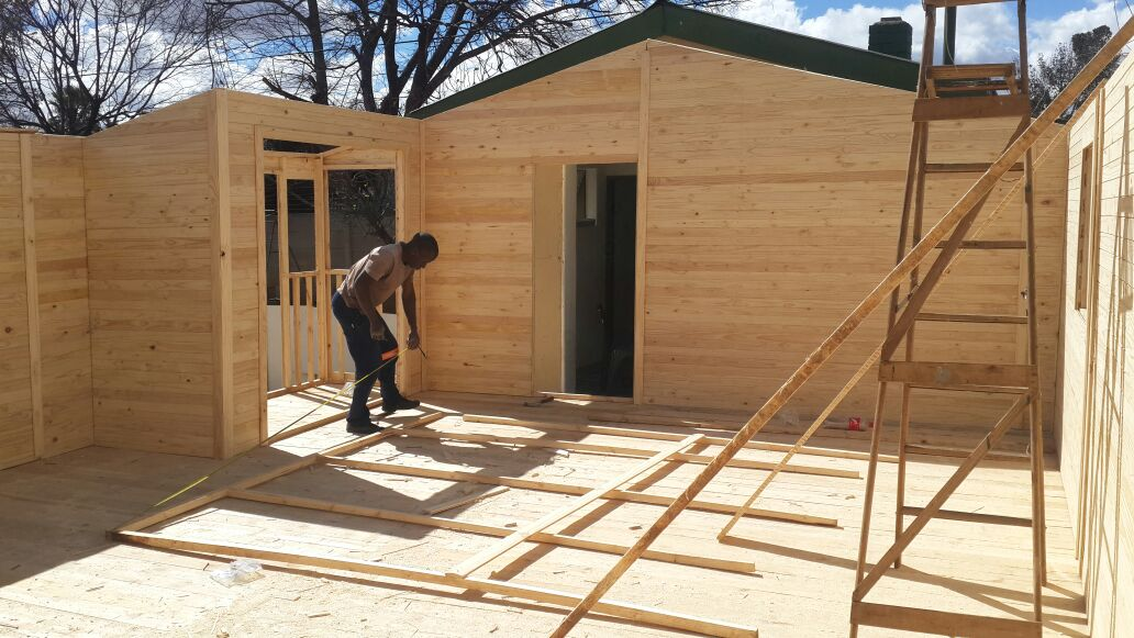 We manufacture all sizes of wooden houses at best prices .. | Junk Mail