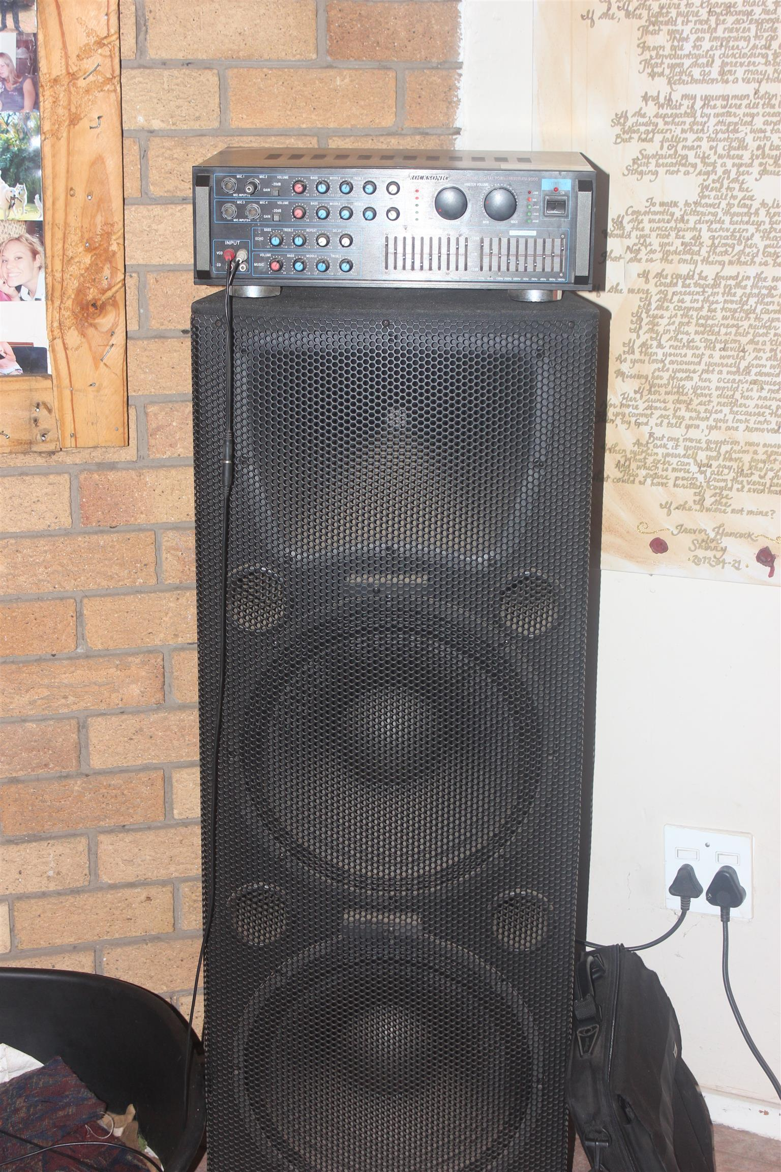 2 x Double 15inch sub Hybrid speakers + Rocksonic 4 channel amp for sale