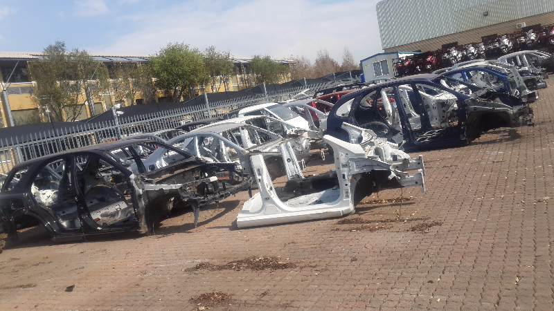 Quater Sections For Mercedes,BMW,KIA,RENAULT And Hyundai