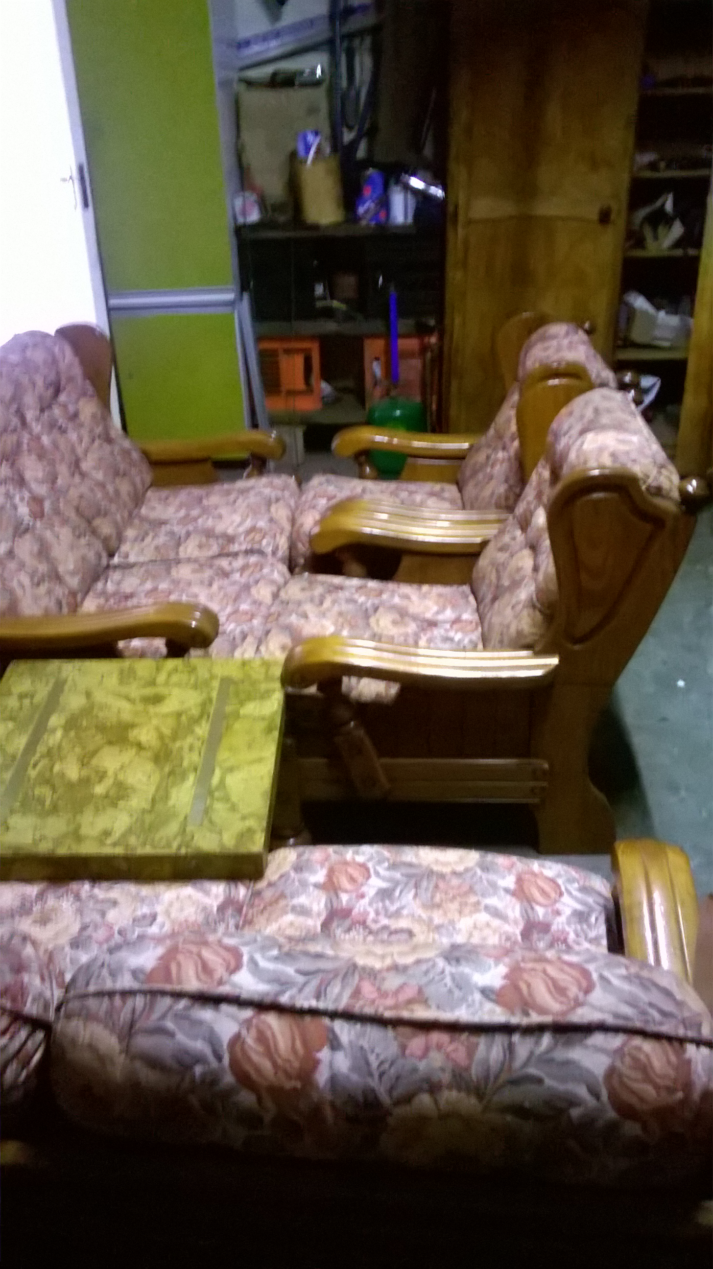 6 seater lounge suite and a coffee table