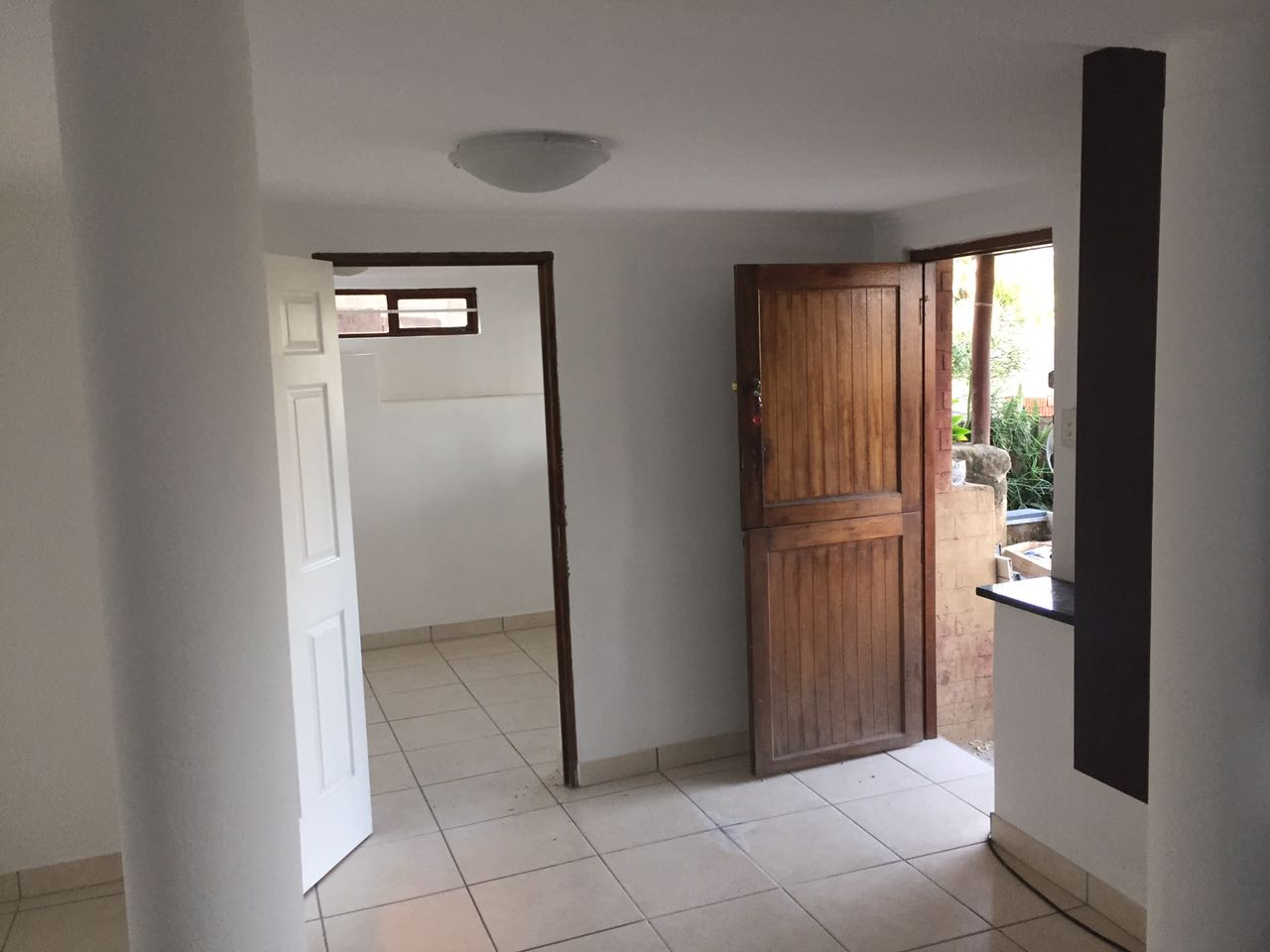 One Bedroom Granny Flat close to shops and high  school
