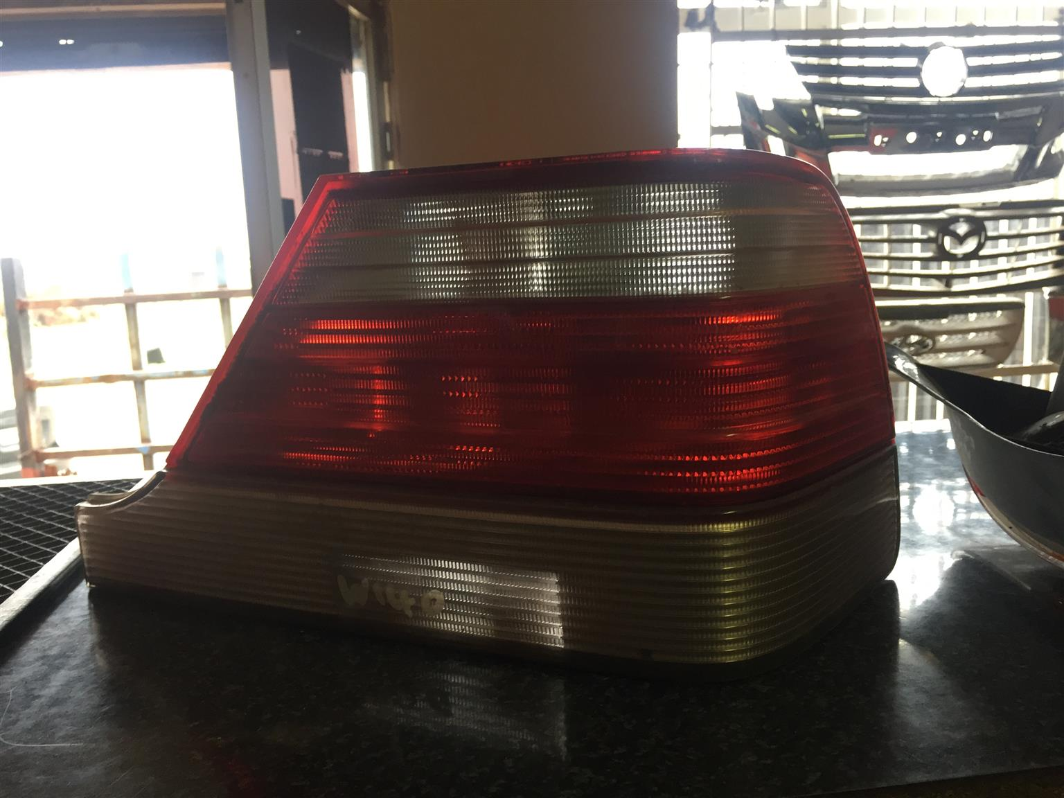 Mercedes benz S500 tail light for sale