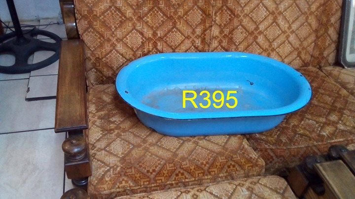 Old blue washing tub