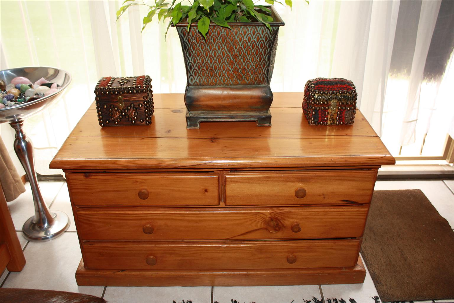 Oregon Pine Chest with drawers