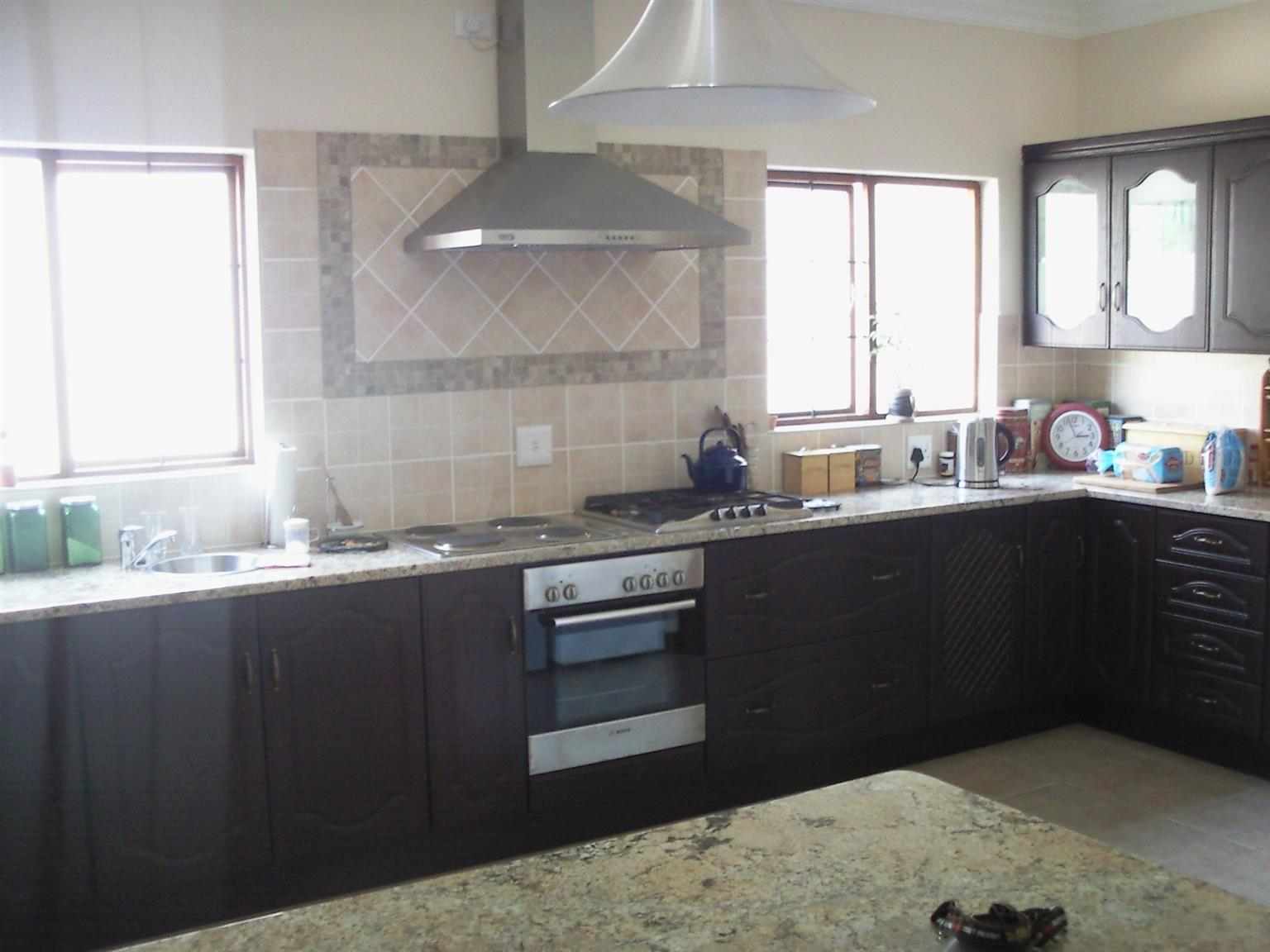 A PAINTING, BUILDING, RENOVATIONS   - HENNIE - 083 937 9263 Quality Building ,Renovations and Alterations, Painting. Bathroom and Kitchen makeovers. Maintenance and General house repairs. Hennie 083 937 9263