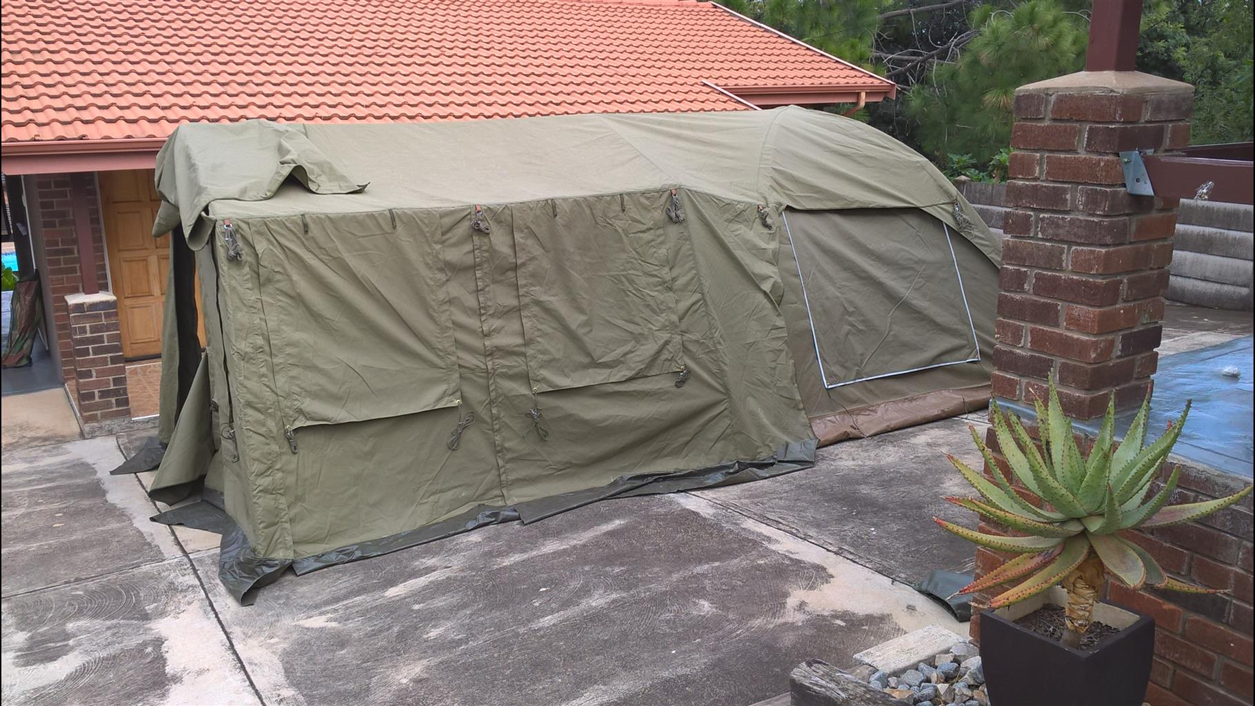 Trailor And Tent