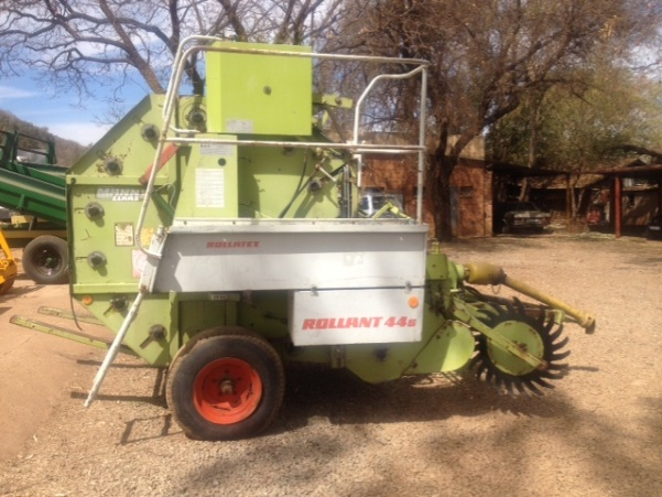 S2658 Green Claas Rollant 44s Round Baler Pre-Owned Implement