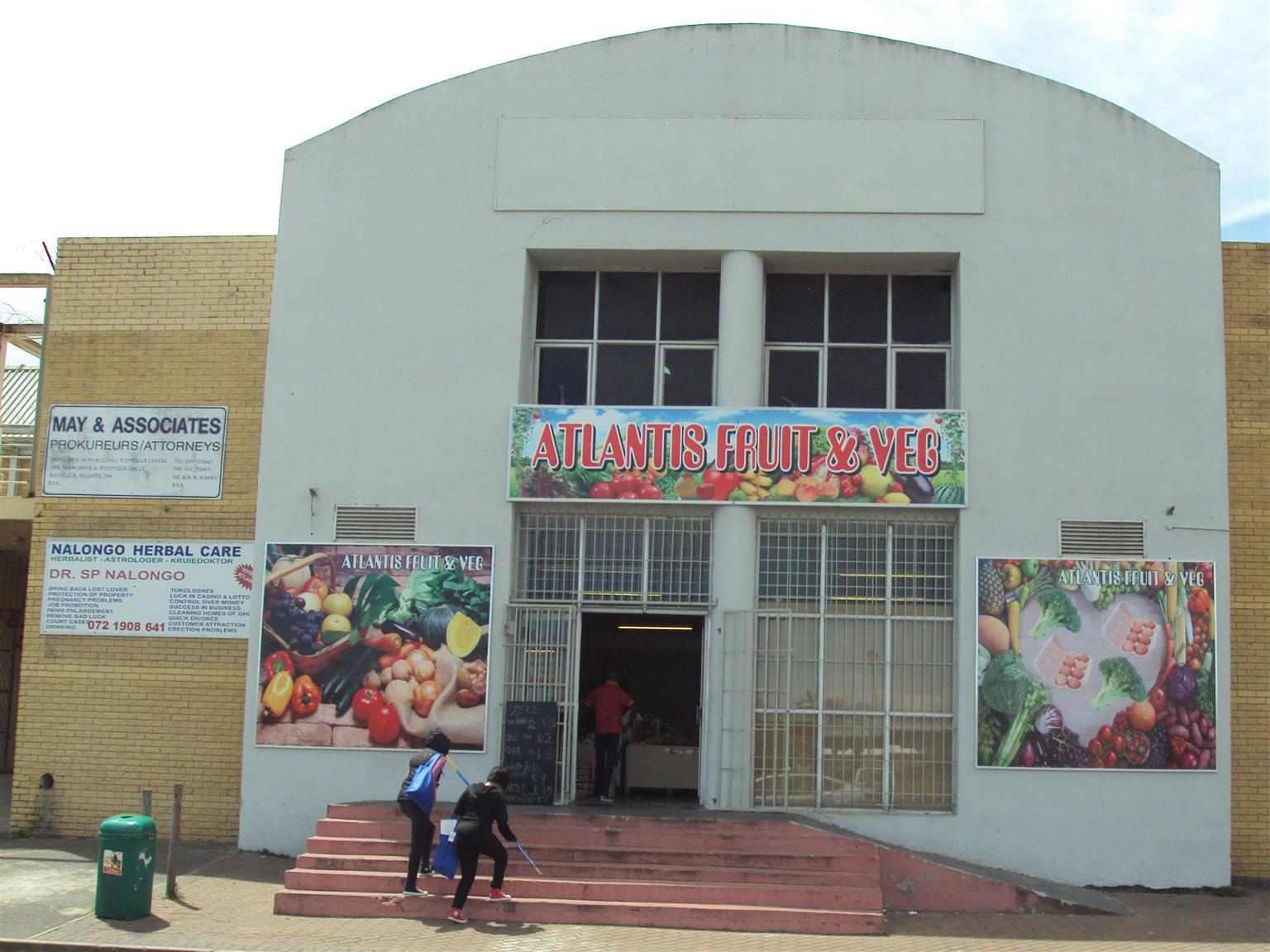 Front-Shop in Atlantis CBD