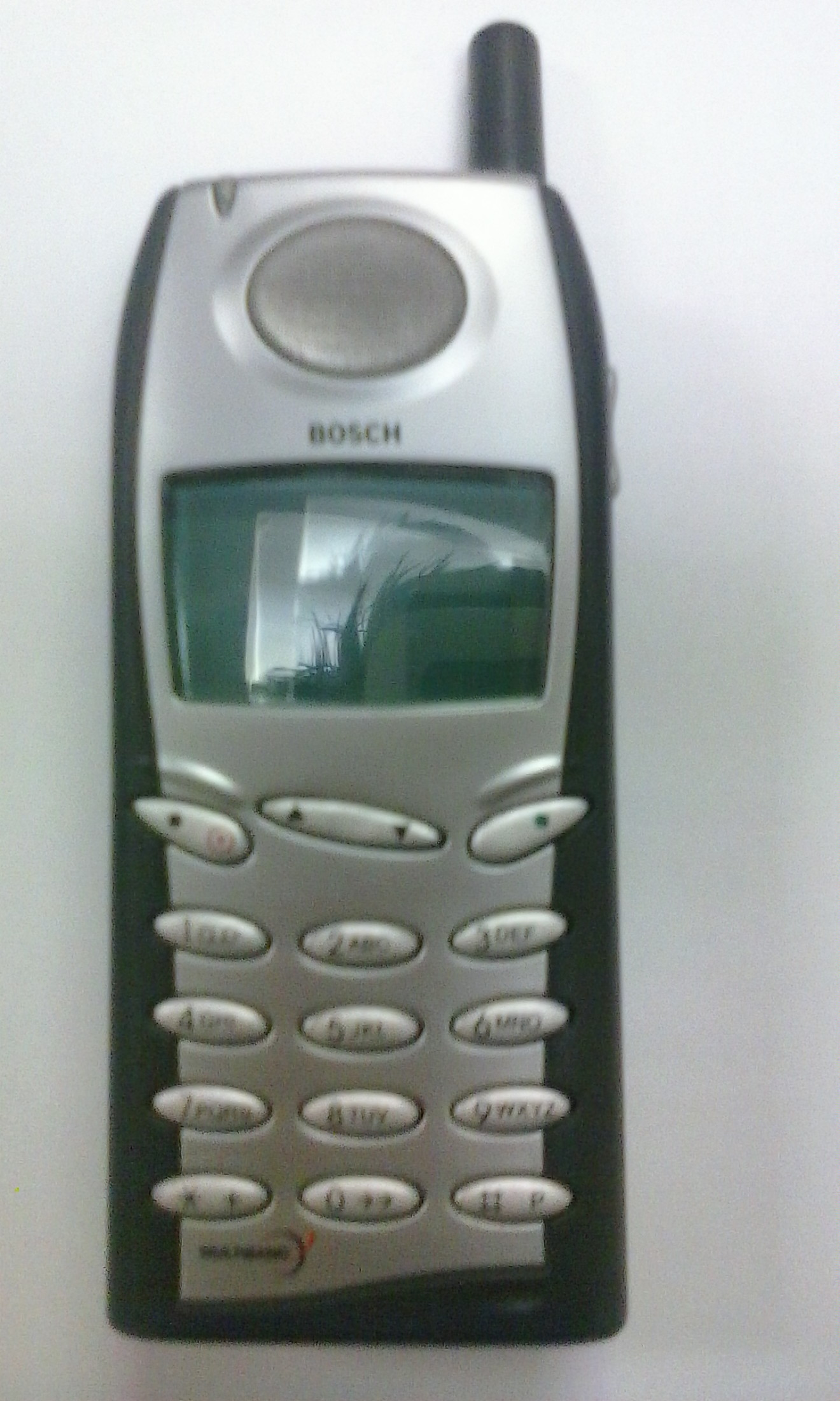 Bosch 909 - Cellphone selling as Spare Parts