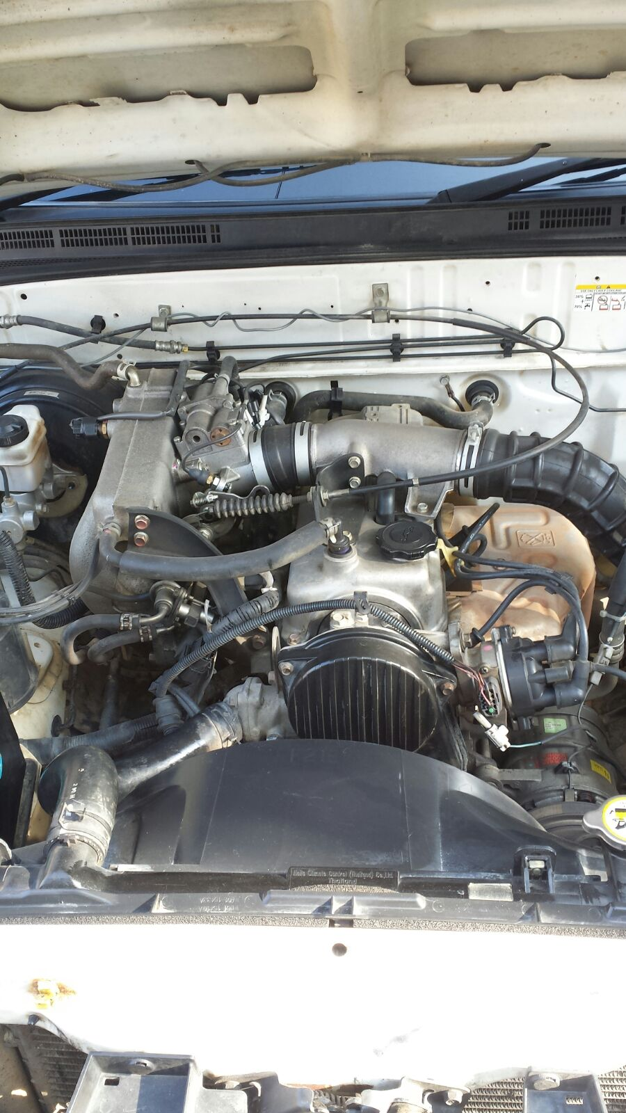 2008 Ford ranger 2.2I motor and box to swop for ford v6 motor and box.