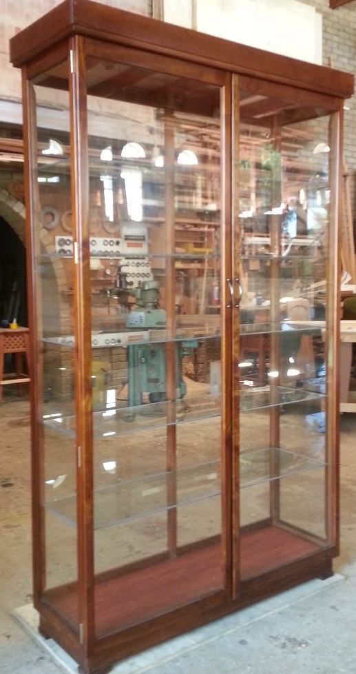 "Glass ""Display Cabinets Custom made, - All-round Glass Display/Show Cabinet  with Unrestricted view. Dust Proof !"