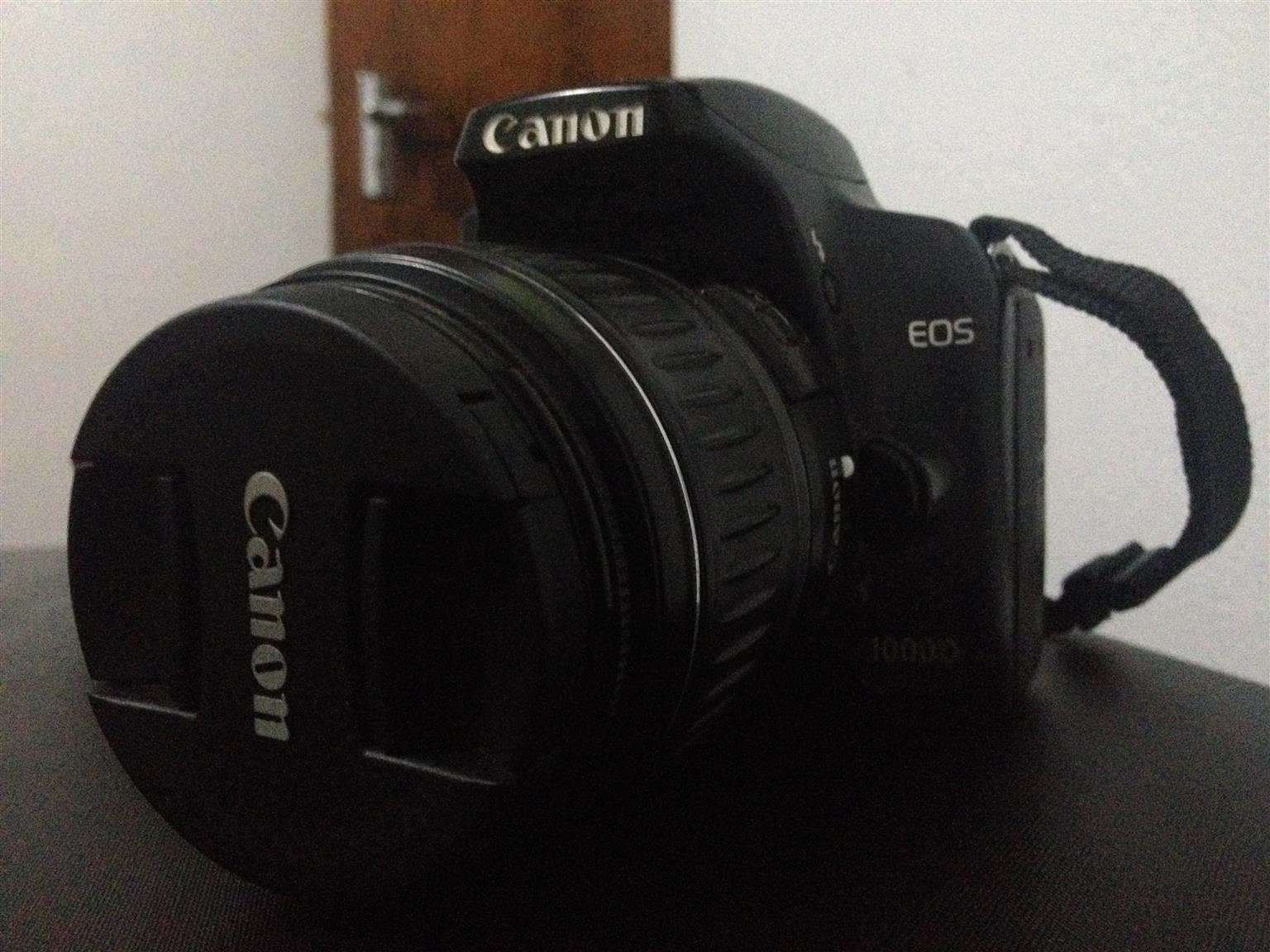 Canon EOS 1000D, with 18-55mm Canon Lens , Professional Kit