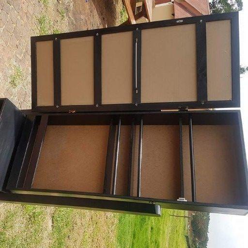 Ladys dresser with storage