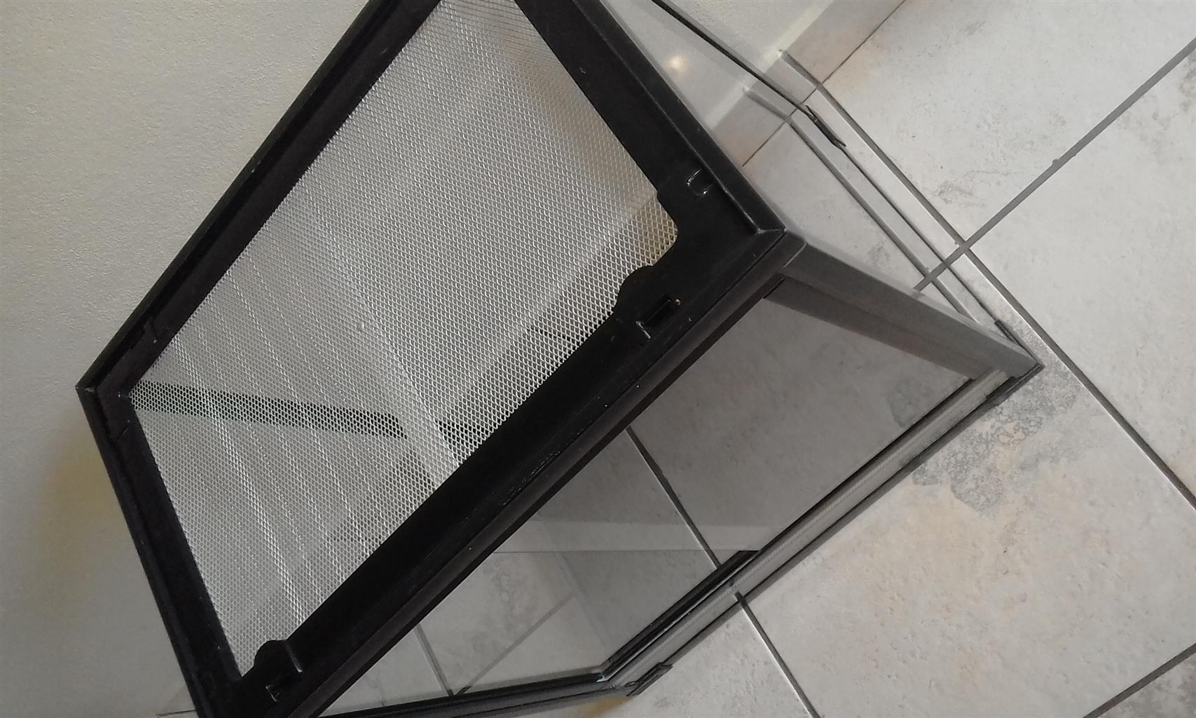 glass reptile terrarium