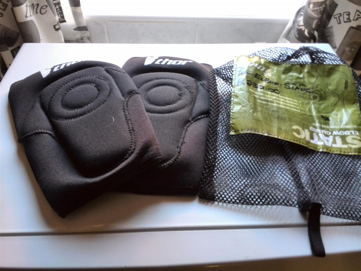 Thor elbow guards for motorcyclists / skateboarders / cyclist