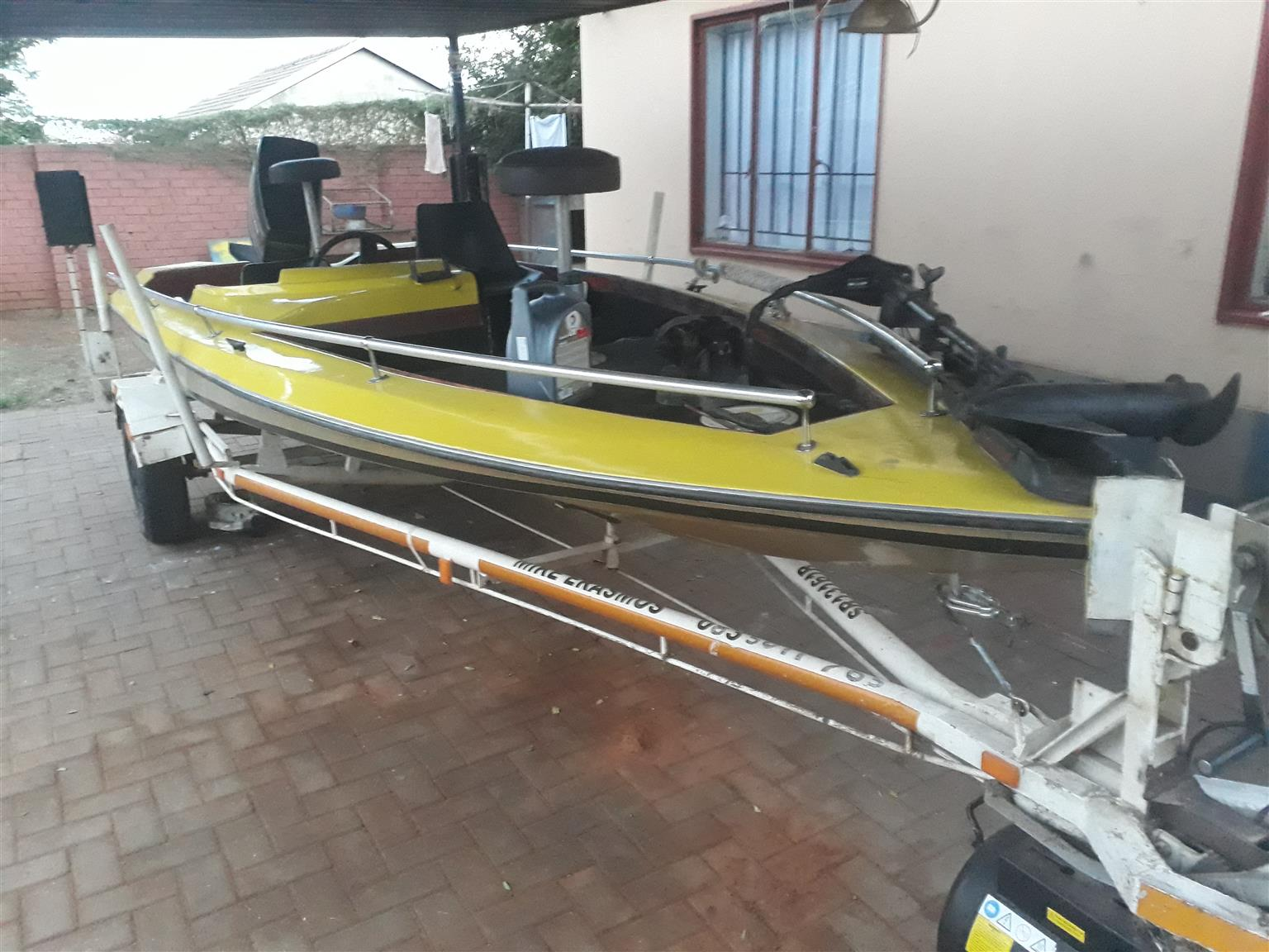 Bass boat urgent sale