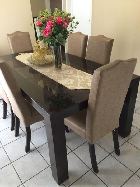 Dining Room Furniture Gauteng Johannesburg Sandton 6 Seater Dinning Furnitures Full Set For Sale Reasonable Price
