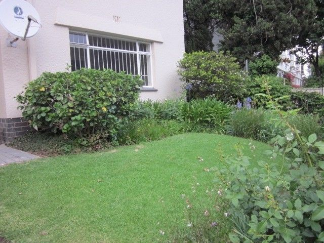 Craighall - Tranquil 3 bedrooms 2 bathrooms ground-floor apartment available R14000