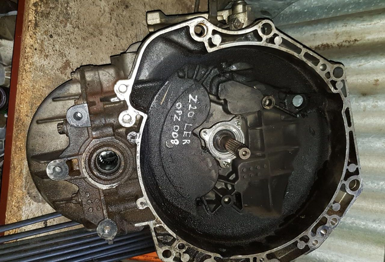 OPEL ASTRA H Z20LER GEARBOX