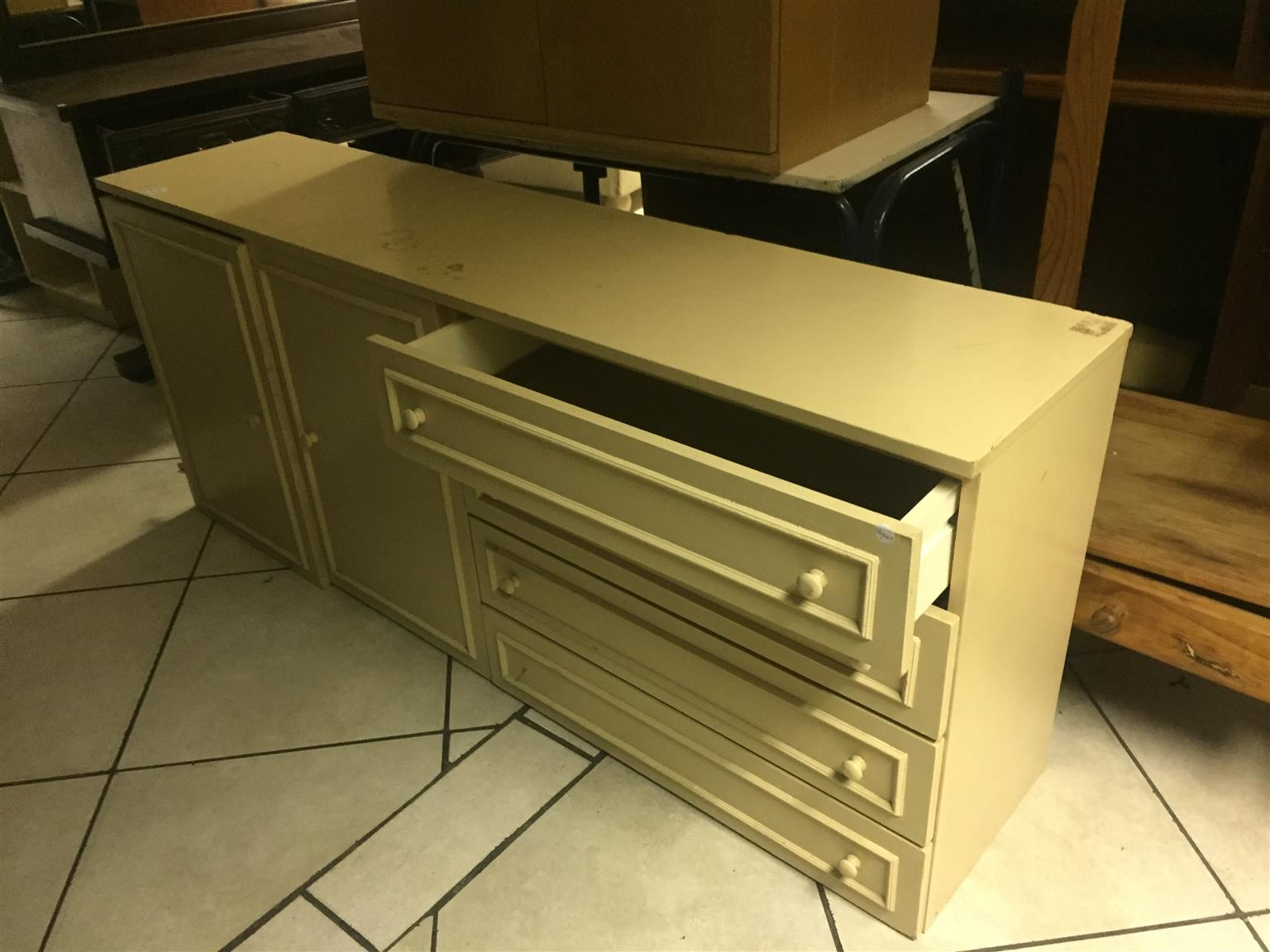 Cream Sideboard with 4 Drawers