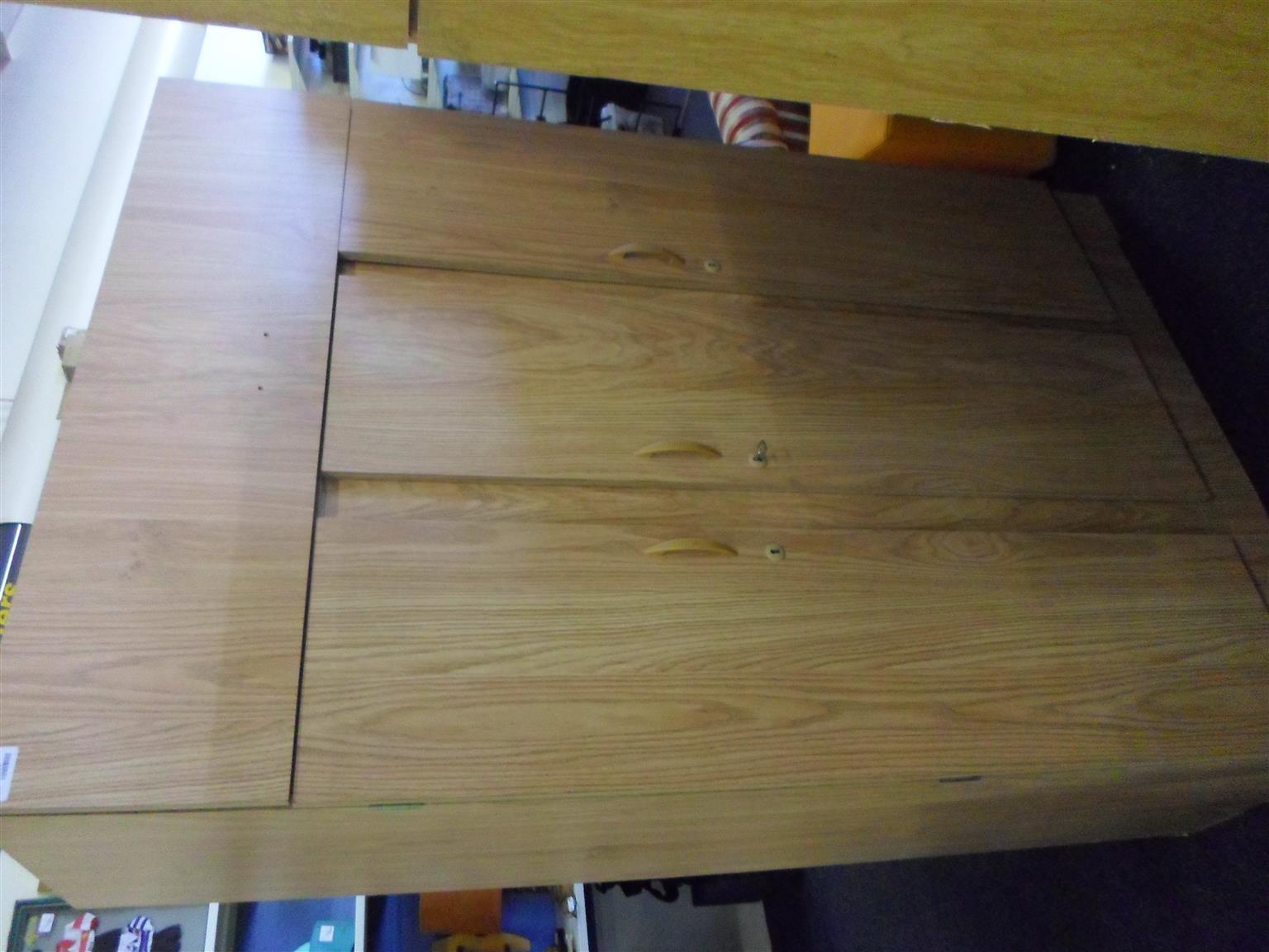 Wooden Wardrobe 3 Doors