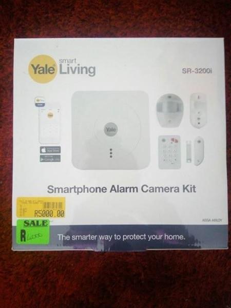 Smartphone alarm camera kit