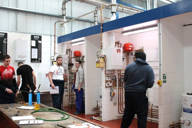 flux core welding.arc welding.Artisan courses.trade testing.boilermaking plumbing.welding.0790870183