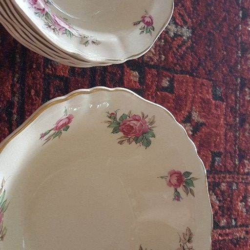 Antique bowl set