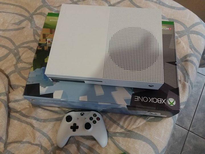 XBox 1S. 500gig