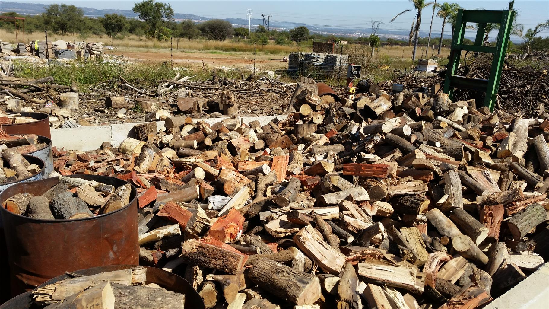 firewood and charcoal bussiness to let