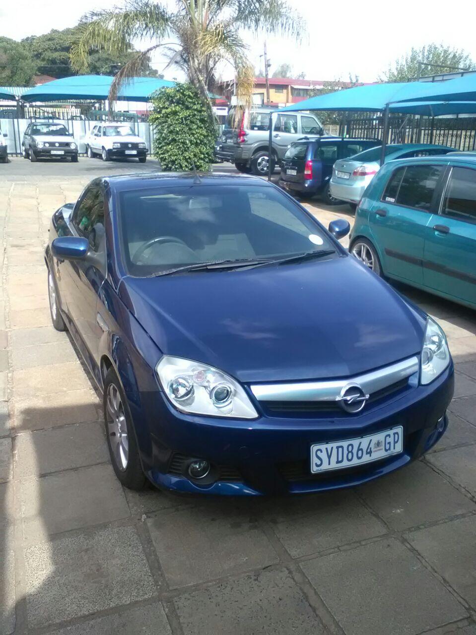 2005 Opel Tigra